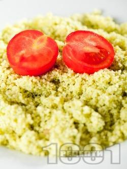 Кус кус с Песто от босилек и чери доматчета - снимка на рецептата